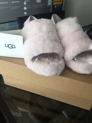 Pink Ugg Slippers for Sale in Las Vegas, NV