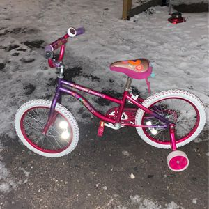 Kent Girls Bike 18 Inch for Sale in Chicago, IL