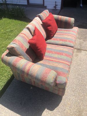 Cozy Red Loveseat Couch for Sale in Santa Cruz, CA