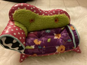 2007 Manhattan Toy Groovy Girls Doll Furniture Plush COUCH for Sale in Temple City, CA