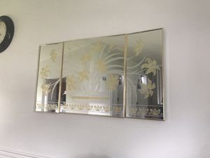 Wall decorative mirror for Sale in Baltimore, MD
