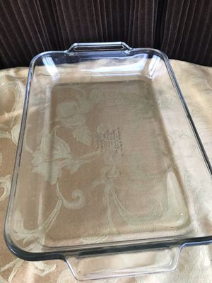 Large baking dish for Sale in Kissimmee, FL