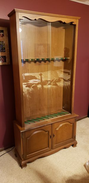 Gun cabinet for Sale in Fort Wayne, IN