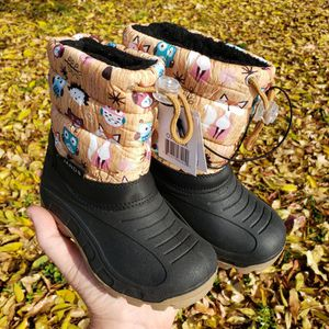NEW Toddler Size 8 Snow Boots (Never Used) for Sale in Mesa, AZ