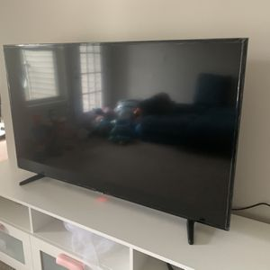 Samsung 55 Inches 4K TV with TV Stand! for Sale in Woodbridge Township, NJ