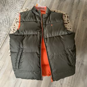 Free Boys Vest Size 8-10 Youth Medium for Sale in Frankfort, IL