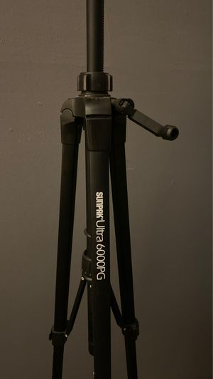 Tripod for Sale in Garden Grove, CA