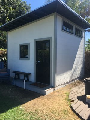 Sheds/ Tiny houses for Sale in Malibu, CA