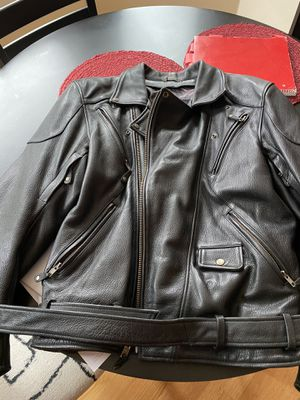 Men's large leather motorcycle jacket for Sale in Maple Valley, WA