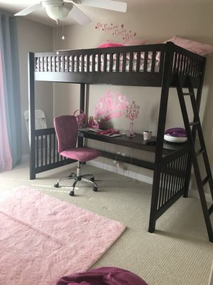 Beautiful bunk bed/desk combo with dresser for Sale in Midlothian, VA