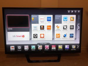 """47"""" LG 3D 1080p Smart TV for Sale in Edgewood, WA"""