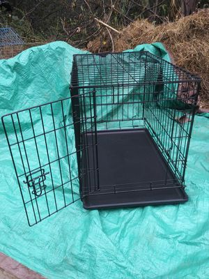 """You & Me 1-Door Folding Dog Crate, medium, 30"""" L x 19.1"""" W x 21.5"""" H for Sale in Castro Valley, CA"""