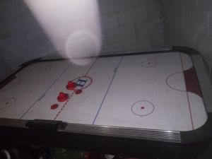 Air hockey table for Sale in Cleveland, OH
