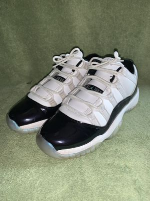 Jordan 11 low Iridescent for Sale in Dublin, OH
