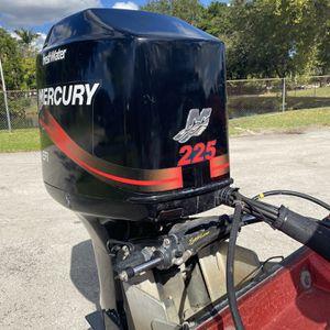 Mercury 225 EFI Very Low Hours Always Used In Freshwater for Sale in Fort Lauderdale, FL
