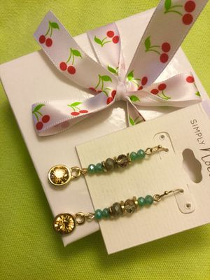 Classy Crystals and Beads fashion earrings / New with gift box 💝 Very pretty great for Summer for Sale in Alexandria, VA