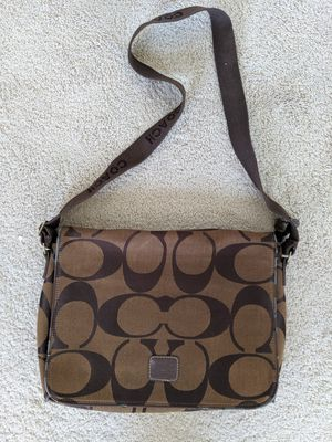 Coach crossbody bag for Sale in Indianapolis, IN