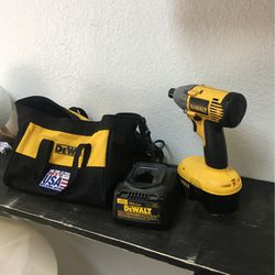 DEWALT Impact Wrench And Driver 18v Cordless With Charger Industrial Tool Set With Bag BCP008847 for Sale in Huntington Beach, CA