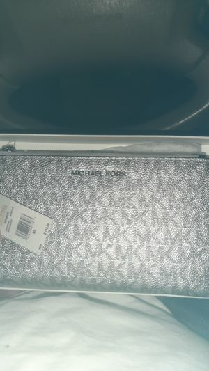 Michael Kors womens wallet for Sale in Norwalk, CA