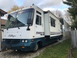 1998 Challenger Motor Coach for Sale in Grand Ledge, MI