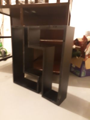 Wall shelves for Sale in Reynoldsburg, OH