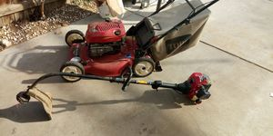 Lawnd mover and edge pair works great for Sale in Fresno, CA