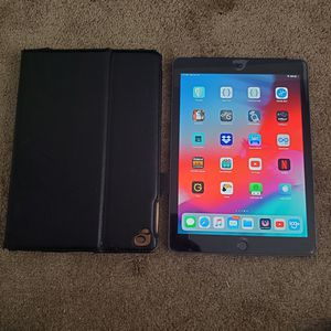 iPad Air 2 32gb in mint condition, only 3 weeks old. for Sale in Miami, FL