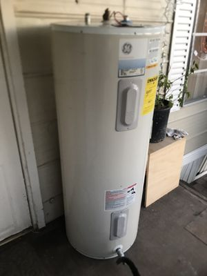 $$160$! Electric water heater (50 gal!) for Sale in Laveen Village, AZ