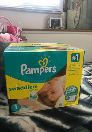 Pampers swaddles for Sale in Mounds View, MN