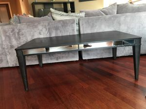 Very nice Black coffee table and matching end table for Sale in Portland, OR