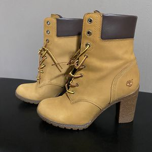 Women's Timberland Glancy Boots for Sale in Riverdale, GA