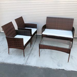 "(NEW) $190 Small 4pcs Wicker Ratten Patio Outdoor Furniture Set (Seat 37x19"" and 19x19"") Assembly Required for Sale in El Monte, CA"