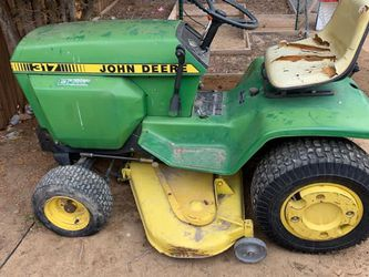 John Deere Tractor for Sale in Aurora,  CO