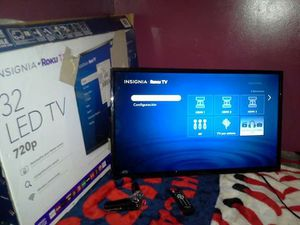 "32""INSIGNIA ROKU TV dont have the roku remote u can download the app for Sale in Chicago, IL"