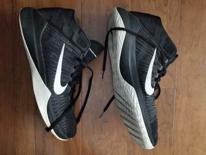 Nike zoom ascention mens shoes size 11 for Sale in Laurel, MD