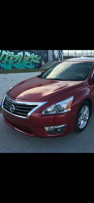 2013. Nissan. Altima. 60k. $5900 for Sale in Miami, FL