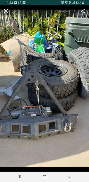 Jeep jk front bumper w winch and half doors for Sale in San Bernardino, CA