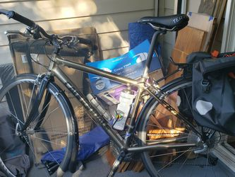 Canondale Road Bike - Petite for Sale in Seattle,  WA