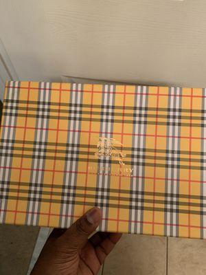 Burberry Shoe Box for Sale in Dover, FL