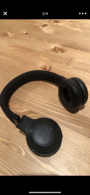 JBL wireless headphones for Sale in Davie, FL