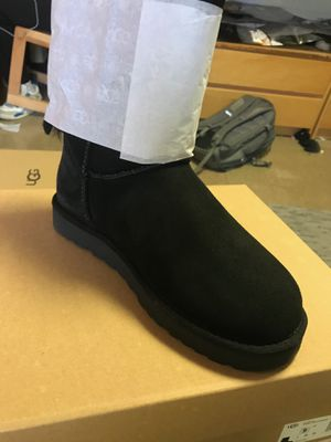 Ugg Boots Women Double Bow for Sale in Redford Charter Township, MI