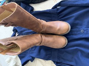Girl boots size 1 for Sale in Antioch, CA