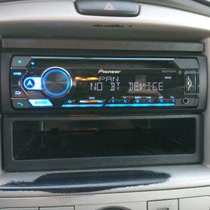 Pioneer DEH-S4220BT Car Radio & Equipment for Sale in El Cajon, CA