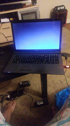 Laptop windows 10 15 inch screen hd runs super fast 50pl0 gb harddrive has webcame hdmi port and dvd burner includes charger for Sale in Lakeland, FL