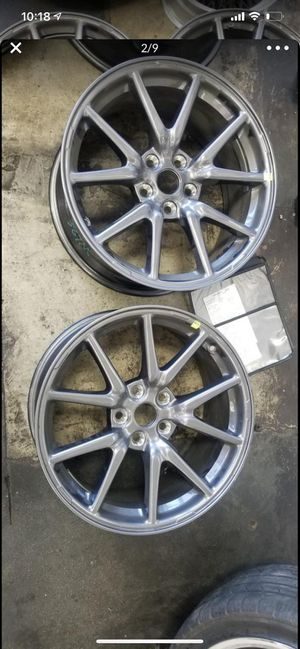 4 tesla rims with hubcaps for Sale in Chatsworth, CA