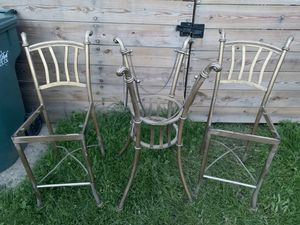Chairs and table for Sale in Lincoln Park, MI