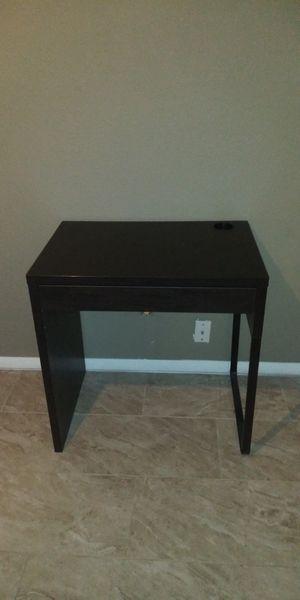 ikea desk with chair for Sale in Phoenix, AZ