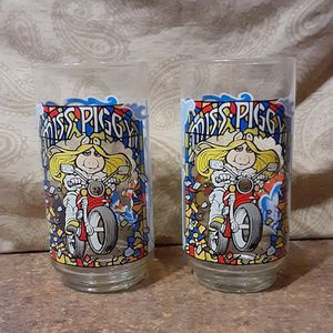 """Vintage 1981 Miss Piggy """"The Great Muppet Caper"""" Henson/McDonald's Collectible Glass (Lot of 2) - VGC for Sale in Fox Lake, IL"""