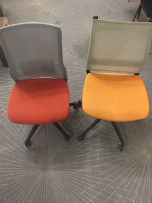 Office desk chairs - retail st $185-$245 a piece selling for half for Sale in New York, NY