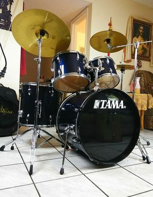Tama complete drum set !! Like new !! $380 or best offer. !! for Sale in Oakland Park, FL